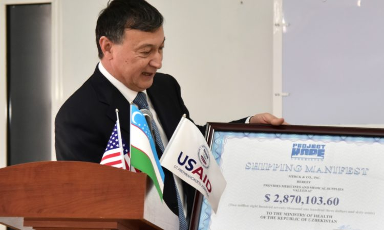 "April 10, 2018: United States Ambassador to Uzbekistan, Pamela L. Spratlen today announced the arrival from the U.S. to Uzbekistan of a humanitarian shipment of the cancer medication Temodar, which is used to treat brain tumors in adults. The medicine, valued at $2.9 million, was donated by Merck Sharp & Dohme, a U.S. pharmaceutical company based in Kenilworth, New Jersey. Project HOPE, an international health care organization founded in the United States, transported the pharmaceuticals from the U.S. to Uzbekistan at no charge. First Deputy Minister of Health, Dr. Baxodir Yusupaliyev and Project HOPE Senior Regional Director for Europe and Eurasia, Dr. Mariam Sianozova, joined Ambassador Spratlen at the a hand-over ceremony in Tashkent. ""Today's medication delivery is the result of successful coordination and cooperation among the Government of Uzbekistan, private industry, and a United States Agency for international Development (USAID) partner organization, all working together to improve the health and well-being of Uzbek citizens,"" Ambassador Spratlen noted in her remarks. Since 1992, USAID has provided more than $356 million in assistance to Uzbekistan. Since 1991, Project Hope has delivered $106 million worth of lifesaving medication and medical supplies donated by American pharmaceutical and medical organizations."